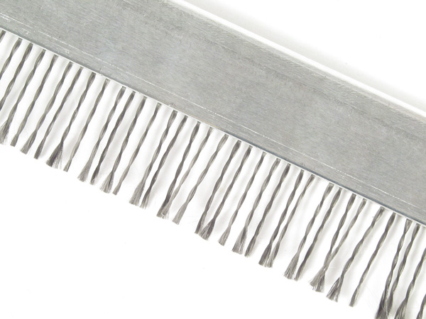 Antistatic brush - Standard - Specially woven steel bristles -